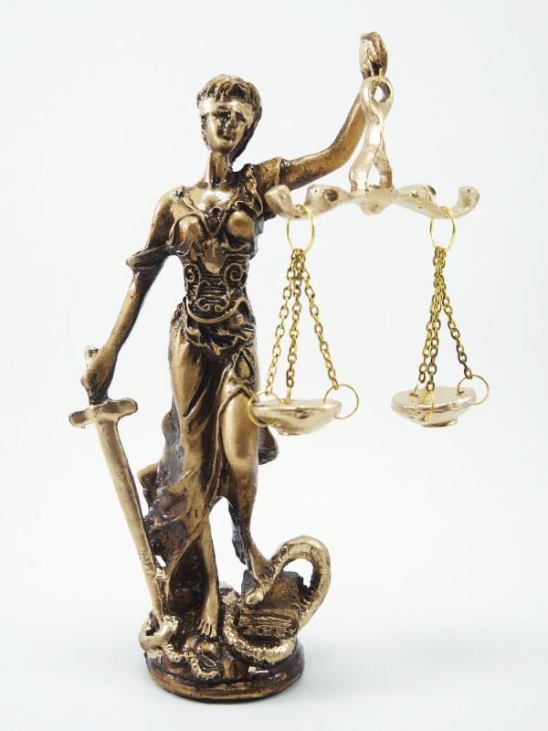 Bronz adalet heykeli